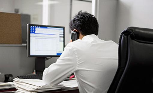 Επιτρέπεται η χορήγηση ρεπό στον εργαζόμενο αντί αντίστοιχης αμοιβής για υπερωρίες που εργάσθηκε; Ποια είναι η νόμιμη διευθέτηση του χρόνου εργασίας;